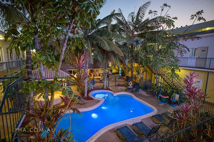 Cairns Central YHA_pool
