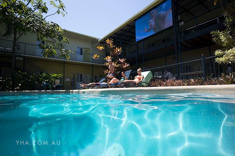 YHA Cairns Centra - Pool